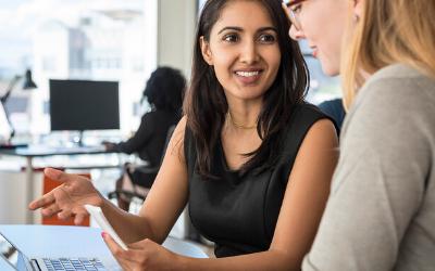Езикови уроци с учител или онлайн приложения: Каква е разликата?
